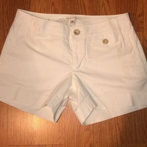 Pre-owned banana republic white shorts size 6